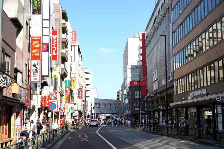 从泡沫经济到令和时代——年轻人憧憬的东京街区在30年间有何变化?