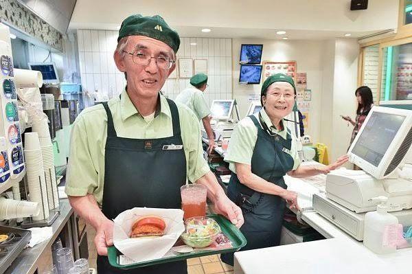 人手不足,日本3成公司雇佣66岁以上人口