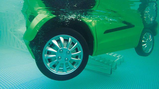 """水上漂小型电动汽车""""FOMM ME""""  2020年投入日本市场"""