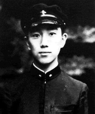 他是20世纪最具国际影响力的日本作家,孤独一生,只为追寻心中的绝对