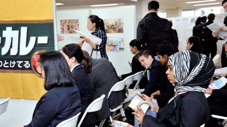 日本又出人才新政,大学毕业的外国留学生可延长一年暂住期